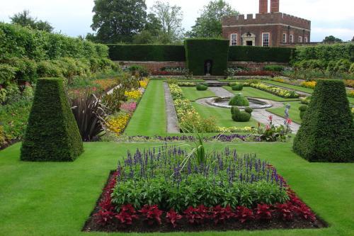 Английский садовой стиль